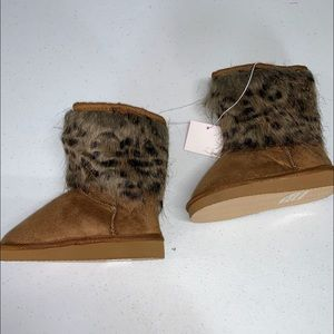Toddler girl Leopard Boots